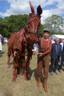 Joey, the puppet from War Horse.