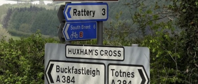 Huxhams-sign-post-736x314 (1)